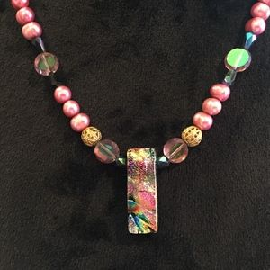 Jewelry - Colorful Pink Dichroic Freshwater Pearl Necklace